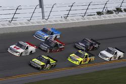 Timothy Peters, Red Horse Racing, Toyota; John Hunter Nemechek, SWM-NEMCO Motorsports, Chevrolet