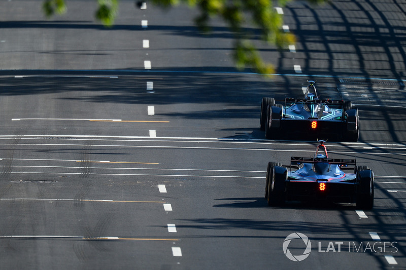 Mitch Evans, Jaguar Racing, leads Maro Engel, Venturi