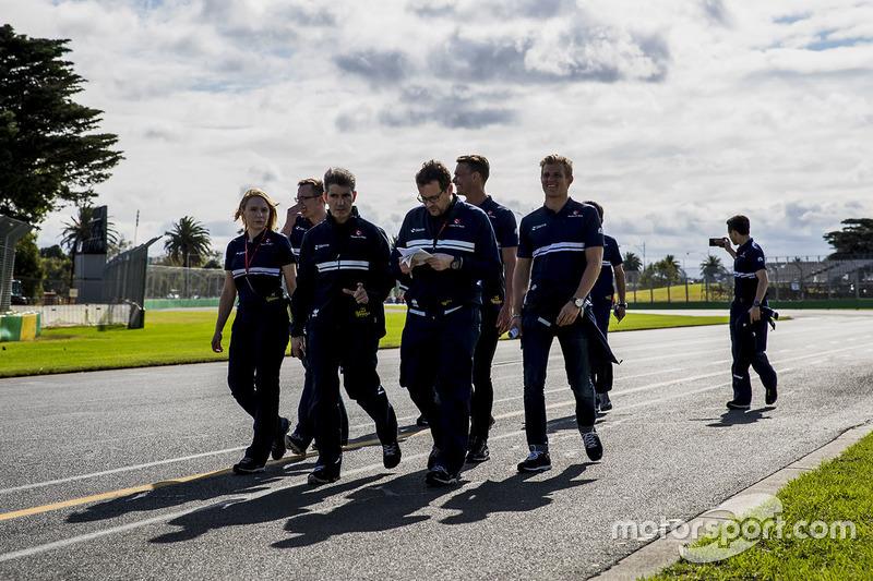 Trackwalk mit dem Team: Marcus Ericsson, Sauber