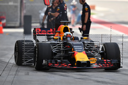 Daniel Ricciardo, Red Bull Racing RB13 with aero sensors