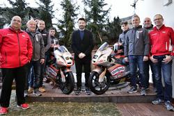 Foto di gruppo del team