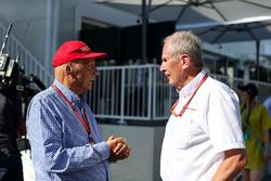 Niki Lauda, Mercedes AMG F1 Presidente no ejecutivo, el Dr. Helmut Marko, Red Bull Motorsport Consultor