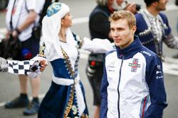 Sergey Sirotkin, Williams Racing, pilotlar geçit töreninde