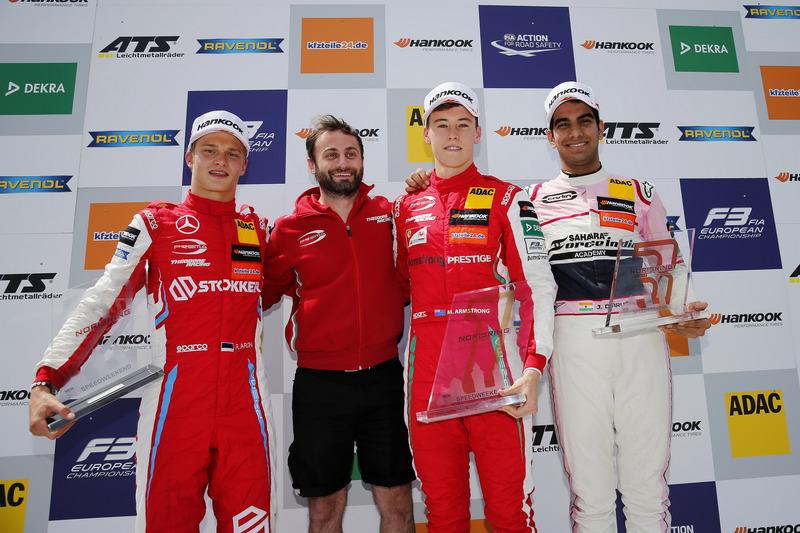 Podium : Le vainqueur Marcus Armstrong, PREMA Theodore Racing Dallara F317 - Mercedes-Benz, le deuxième, Ralf Aron, PREMA Theodore Racing Dallara F317 - Mercedes-Benz, le troisième, Jehan Daruvala, Carlin Dallara F317 - Volkswagen