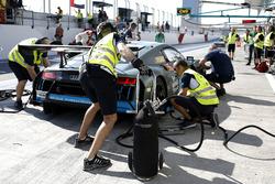 #96 Optimum Motorsport Audi R8 LMS: Christopher Haase, Bradley Ellis, Oliver Wilkinson