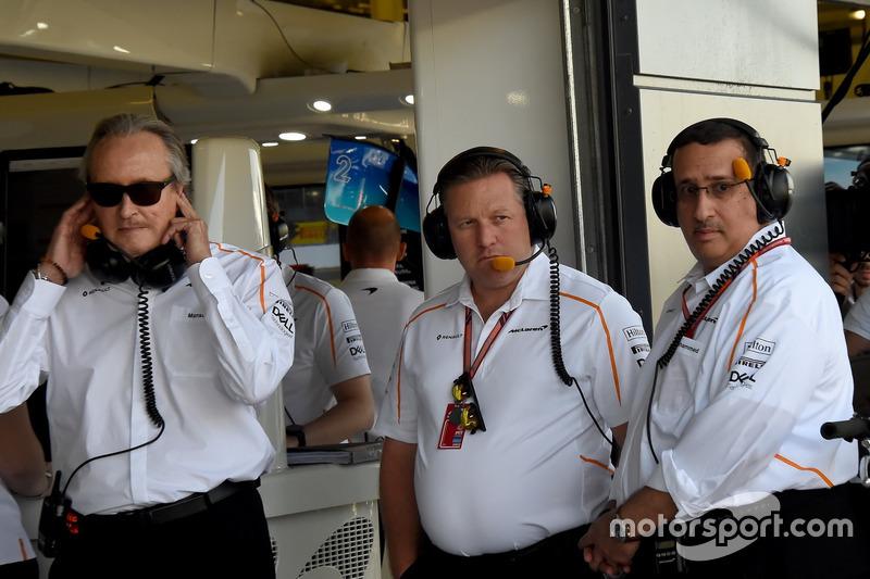 Mansour Ojjeh, McLaren, Zak Brown, PDG de McLaren Racing et Sheikh Mohammed bin Essa Al Khalifa, PDG de Bahrain Economic Development Board et actionnaire de McLaren