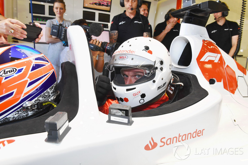 Guy Martin bersiap merasakan F1 Experiences