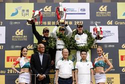 Podio: il vincitore della gara Edoardo Mortara, Mercedes-AMG Team Driving Academy, Mercedes - AMG GT3, il secondo classificato Augusto Farfus, BMW Team Schnitzer, BMW M6 GT3, il terzo classificato Raffaele Marciello, Mercedes-AMG Team GruppeM Racing, Mercedes - AMG GT3