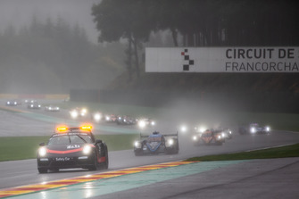 Safety car leads the field in bad weather conditions