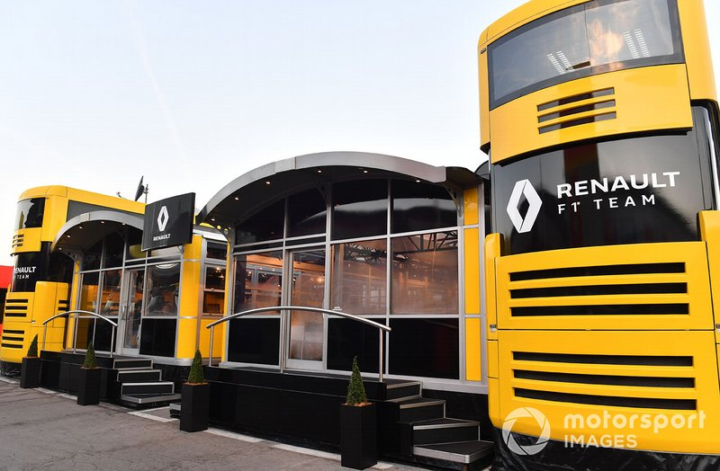 Motorhome Renault Sport F1 Team