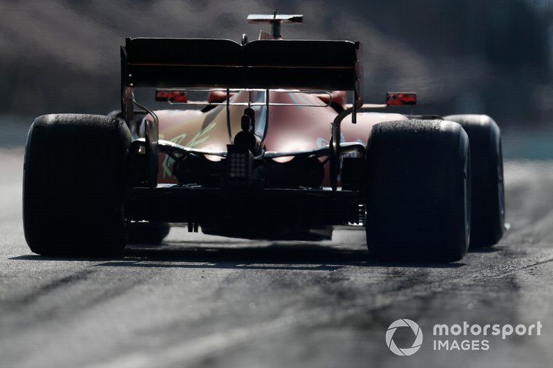 Sebastian Vettel, Ferrari SF90 with aero paint on engine cover