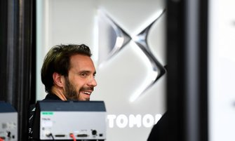 Jean-Eric Vergne, DS TECHEETAH in the garage
