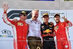 Kimi Raikkonen, Ferrari, Jonathan Wheatley, Red Bull Racing Team Manager, Max Verstappen, Red Bull Racing and Sebastian Vettel, Ferrari celebrate on the podium