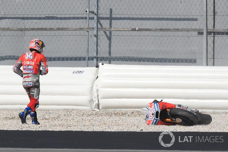 Andrea Dovizioso, Ducati Team after crash