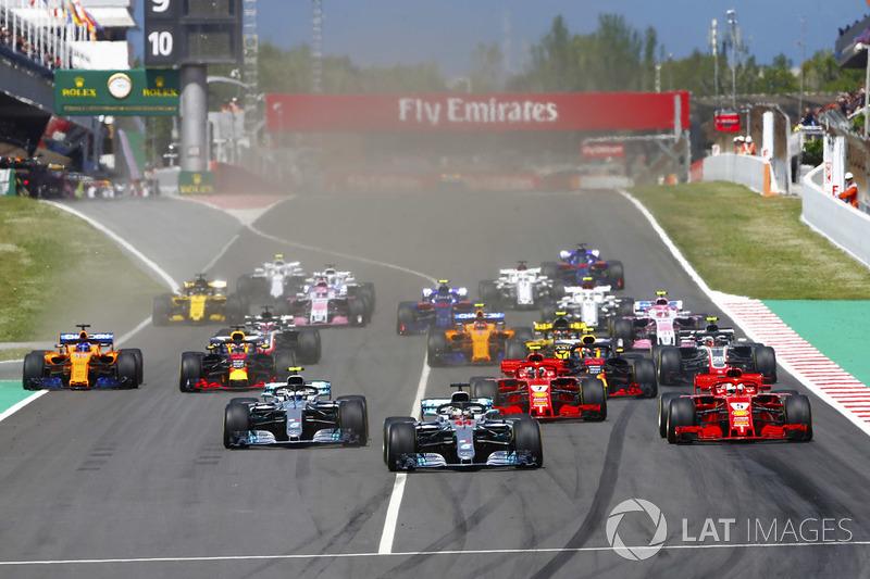 Partenza: Lewis Hamilton, Mercedes AMG F1, al comando