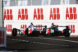Nick Heidfeld, Mahindra Racing, y Oliver Turvey, NIO Formula E Team