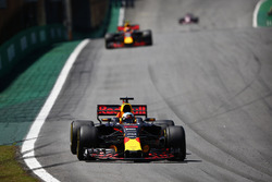 Daniel Ricciardo, Red Bull Racing RB13, Max Verstappen, Red Bull Racing RB13