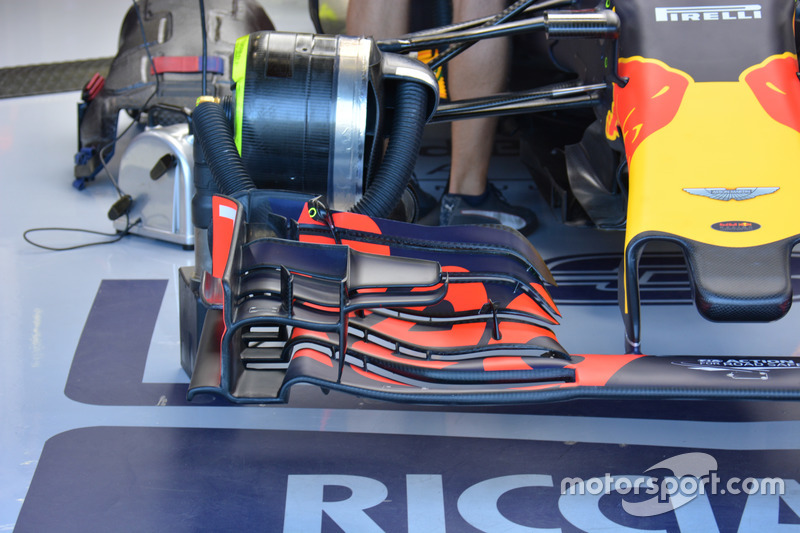 Red Bull Racing RB12, l'ala anteriore