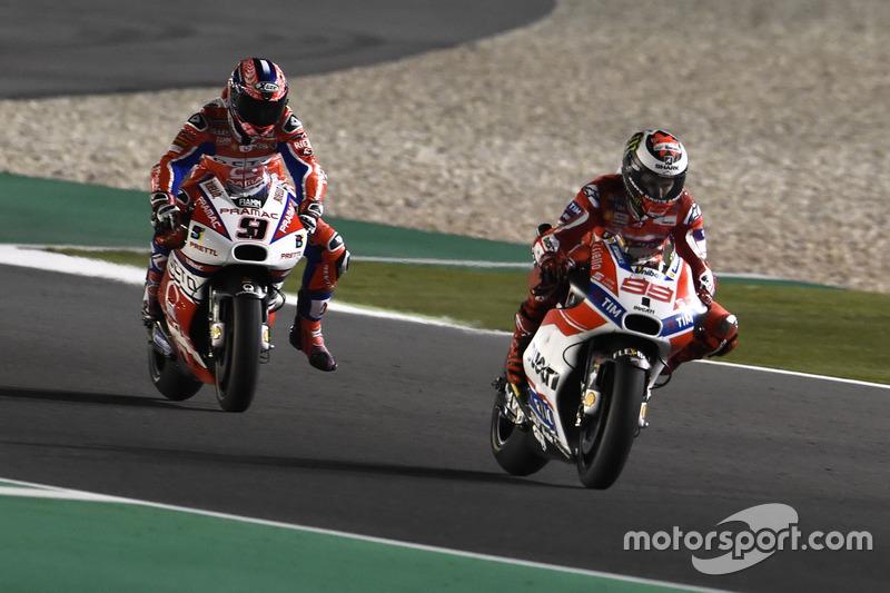 Jorge Lorenzo, Ducati Team; Danilo Petrucci, Pramac Racing