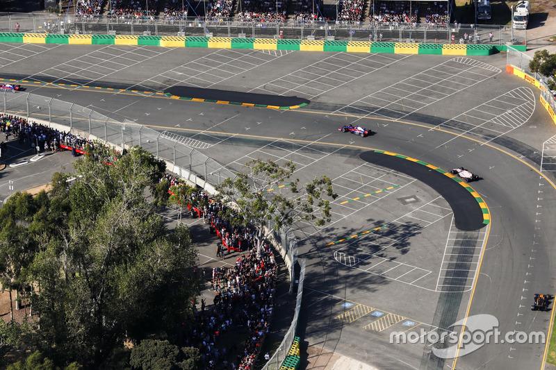 Carlos Sainz Jr., Scuderia Toro Rosso, STR12; Sergio Perez, Force India, VJM10