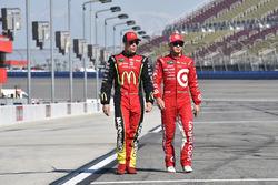 Jamie McMurray, Chip Ganassi Racing Chevrolet and Kyle Larson, Chip Ganassi Racing Chevrolet