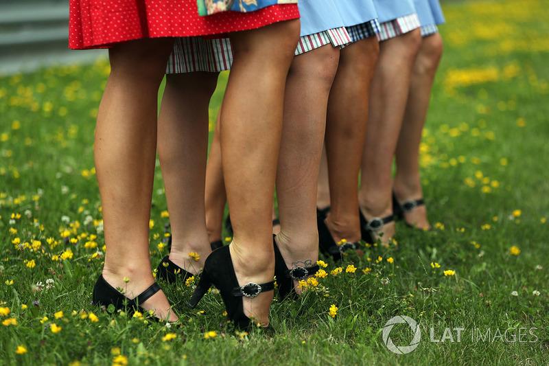 Взуття грід-гьолз