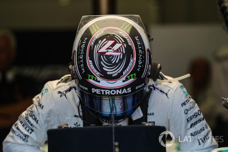 Agora é oficial: Valtteri Bottas renovou seu contrato com a Mercedes para 2018.
