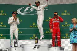 Podium: winnaar Lewis Hamilton, Mercedes AMG F1, 2e plaats Valtteri Bottas, Mercedes AMG F1, 3e plaats Kimi Raikkonen, Ferrari