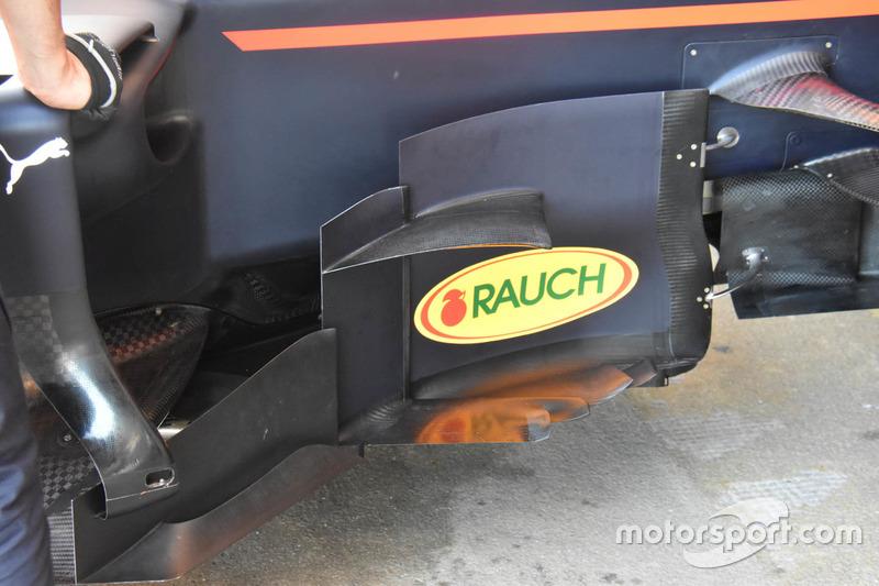 Red Bull Racing RB13, detalle de los bargeboards