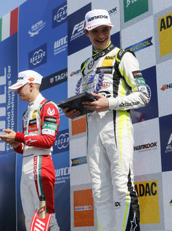 Rookie Podium: Race winner Lando Norris, Carlin Dallara F317 - Volkswagen
