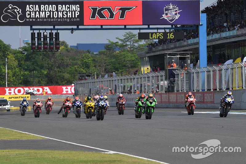 Race 1 SuperSports 600cc di ARRC Thailand 2017