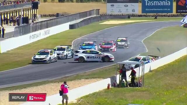 TCR Australia: Tasmania - Race 1 Highlights