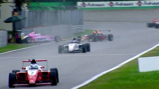 Italian F4: Monza - Race 3 Highlights