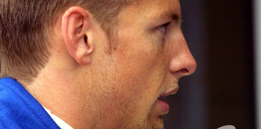 Button will be champ says Richards