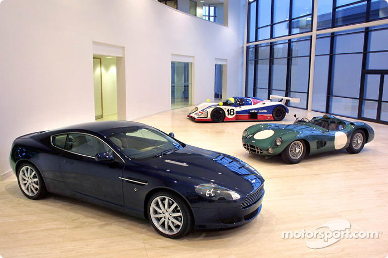 Aston Martin returns to motor sport