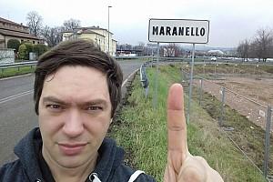Сибиряк в Маранелло. Как создатель картонной Ferrari съездил в Италию