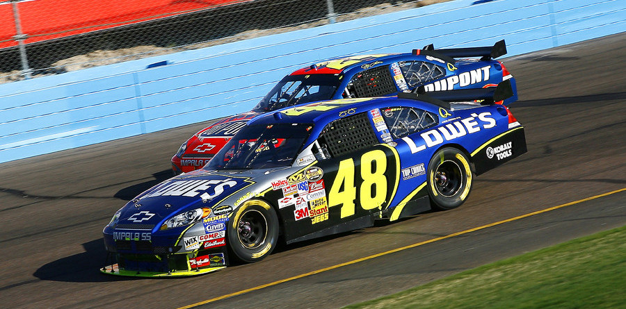 Teammates chasing the Nextel Cup