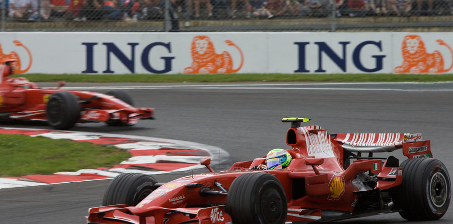 Luck stings Kimi, blesses Massa for French victory
