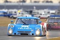 Ganassi leads in closing hours at Daytona