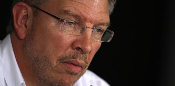 Mercedes buys Brawn Grand Prix