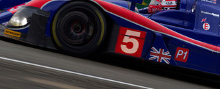 Le Mans Mansell team out after early crash