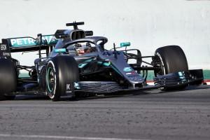 Lewis Hamilton: Fahrverhalten trotz neuer Regeln kaum verändert