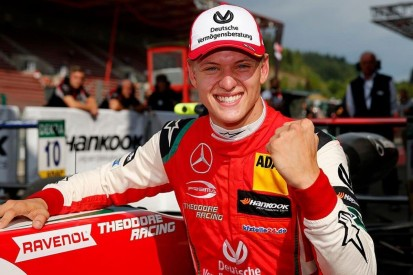 ANZEIGE: So sehen Sie Mick Schumachers F2-Debüt exklusiv LIVE auf F1 TV!