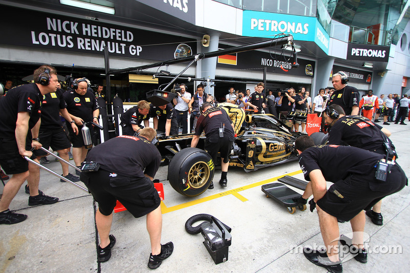 Lotus Renault Q & A with Nick Heidfeld