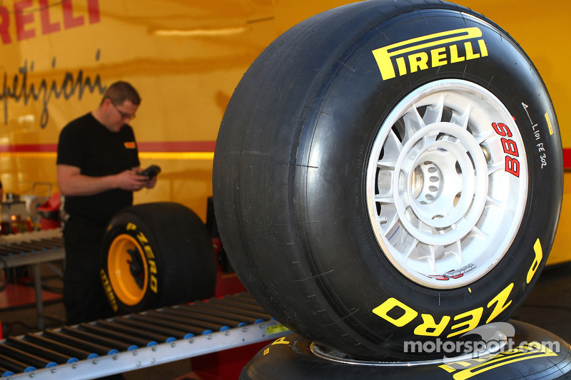 Pirelli Spanish GP Friday Practice Report