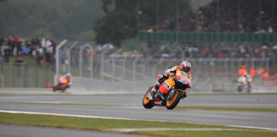 Stoner Earns The British GP Win In The Rain