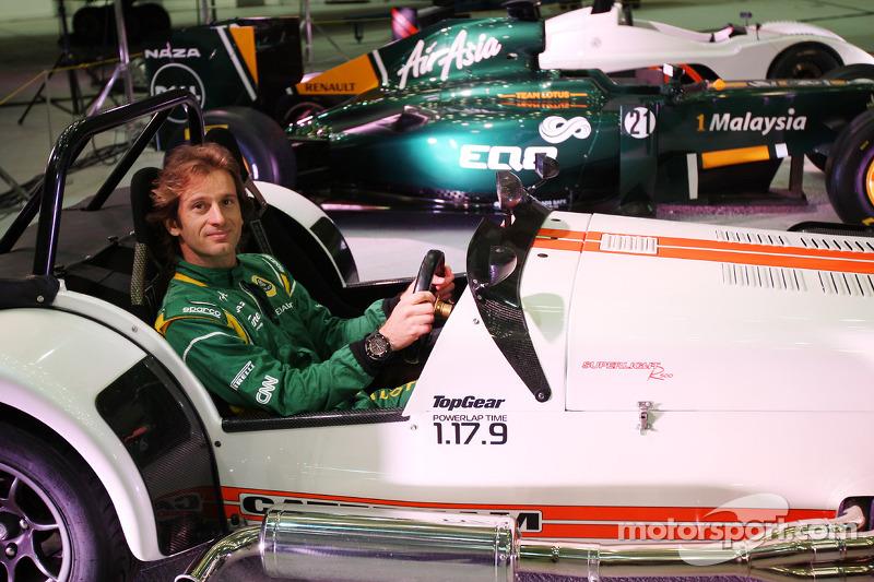 Team Lotus to be 'Caterham Team AirAsia' in 2012 - report