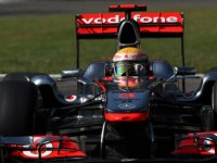 Hamilton insists not content 'like Barrichello'