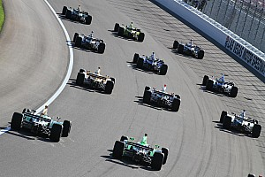 Formula 1 Wheldon's death makes waves in Formula One world
