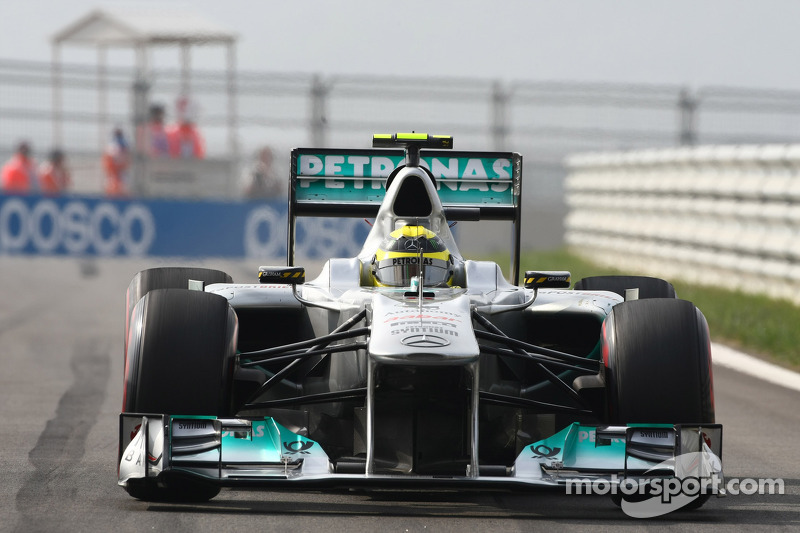 Brawn puts job on line for Mercedes success